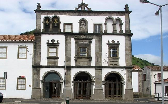 מוזיאון פלורס, האי פלורס