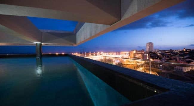 מלון אזור - המלון הכי טוב באיים האזוריים