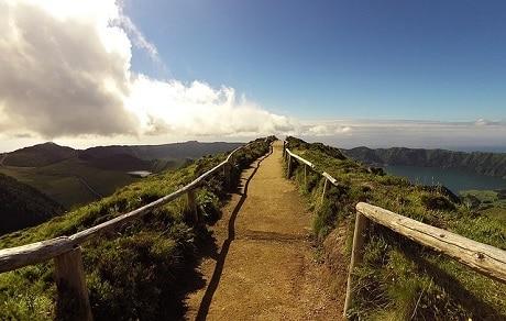שביל טיול בסטה סידדס, סאו מיגל, האיים האזוריים - עותק