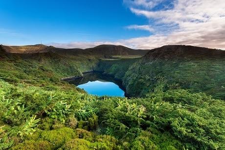 האגמים Negra ו-Comprida באי פלורס