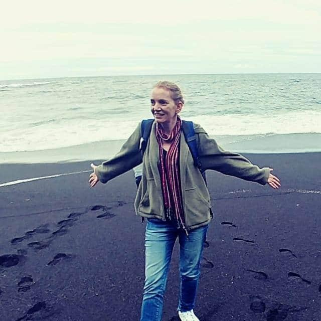 האוקיינוס ואני בחוף Viola. צילום :עדנה סירי
